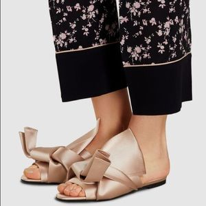 No.21 Bow Satin Sandals Pink